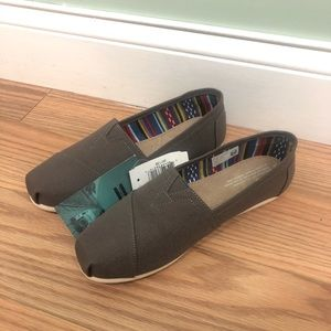 Toms | Women's Classic Loafer | Grey